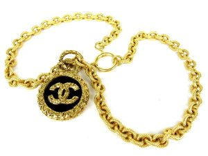 chanel_necklace_03