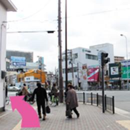 都島駅前交番を左折