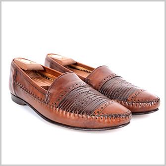 デザイン性の高い靴