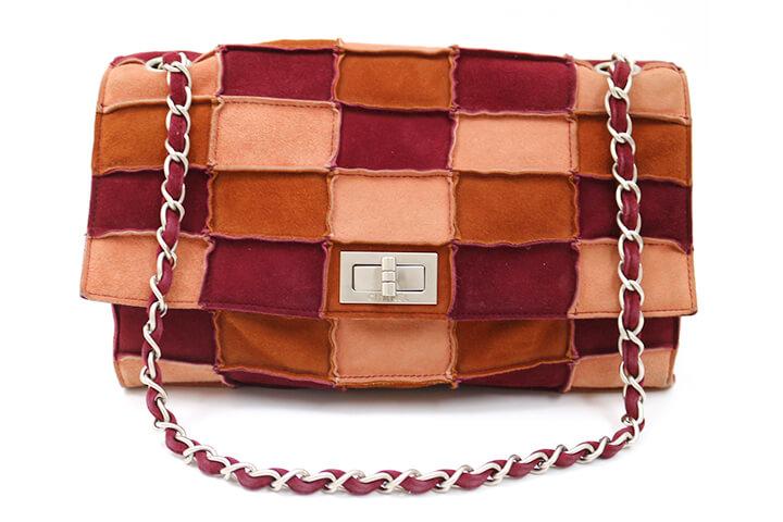 吹田店にてシャネルのハンドバッグを買取いたしました!