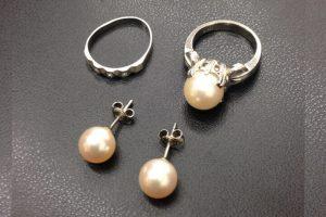 プラチナ900の真珠(パール)リングなどの貴金属を買取りました