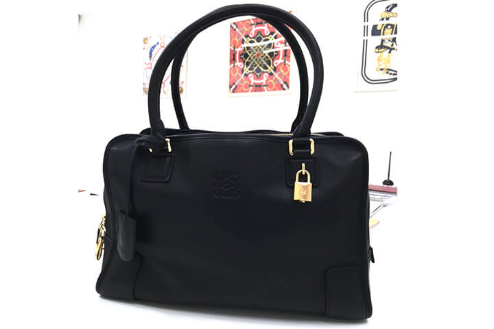大阪でロエベのバッグを買取