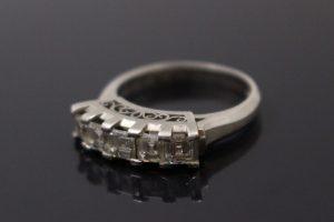 プリンセスカットのプラチナダイヤモンドリングをお買取☆