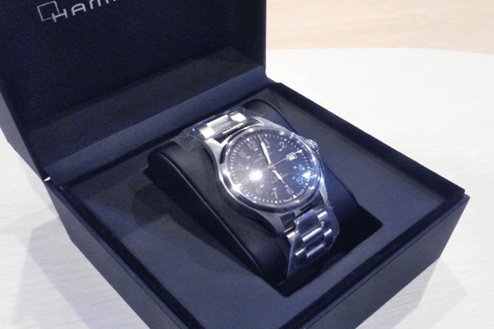 梅田・北新地店にて新品未使用のハミルトン腕時計を高価買取!