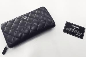 都島店にてシャネルラムスキンのラウンドファスナー財布を高額買取