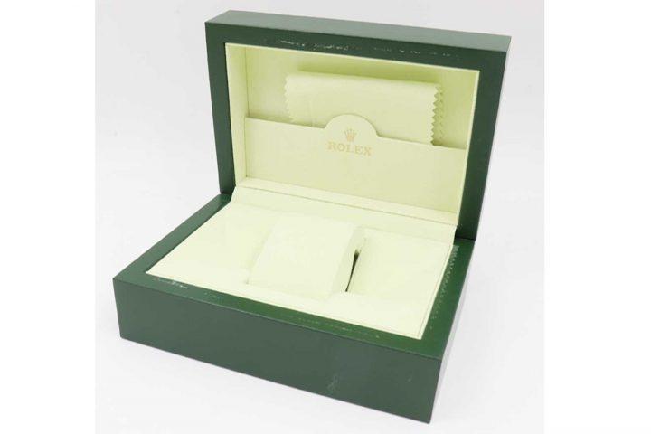 梅田北新地店にて腕時計ロレックスの空き箱を高価買取しました!