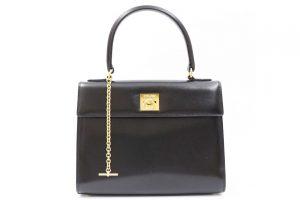 梅田北新地店にてセリーヌのカーフレザーハンドバッグを高価買取