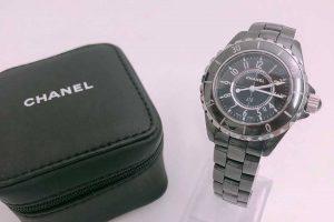 シャネルのJ12時計を高価買取|ブランドハンズ吹田店