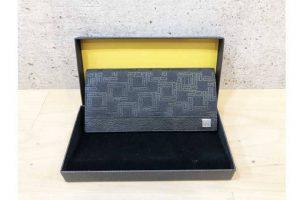 梅田北新地店にてダンヒルの二つ折り長財布を高価買取致しました!