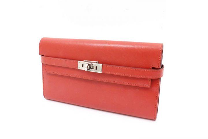 中津のお客様よりエルメスの財布ケリーウォレットを高価買取 梅田店