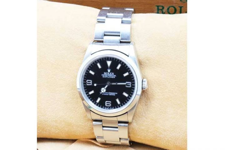 東大阪市布施のお客様からロレックスの時計エクスプローラー1を高価買取