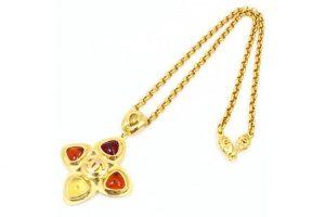 シャネルのカラーストーンのネックレスを20,000円で高価買取!