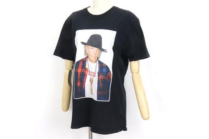 吹田店でシュプリームのニールヤングTシャツを買取致しました。