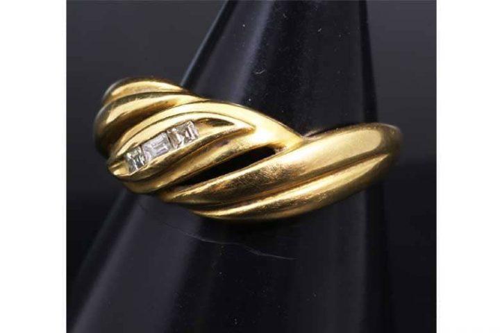 吹田市垂水町のお客様よりK18・18金ダイヤリング(指輪)を買取