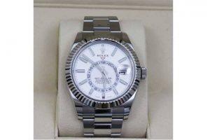 ロレックスの時計スカイドゥエラーを高価買取|豊中市のお客様