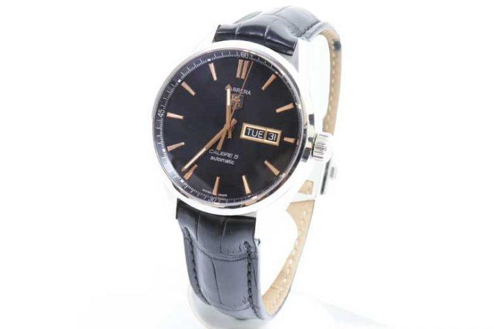 中崎町のお客様よりタグホイヤーの時計カレラキャリバー5を高価買取