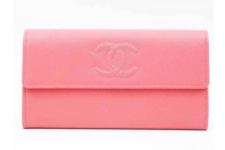 西中島のお客様よりシャネル二つ折り長財布を高価買取|吹田江坂店