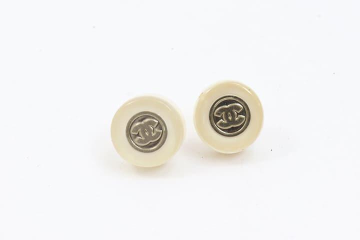 シャネルのココマークキャンディイヤリングを高価買取|JR西宮店