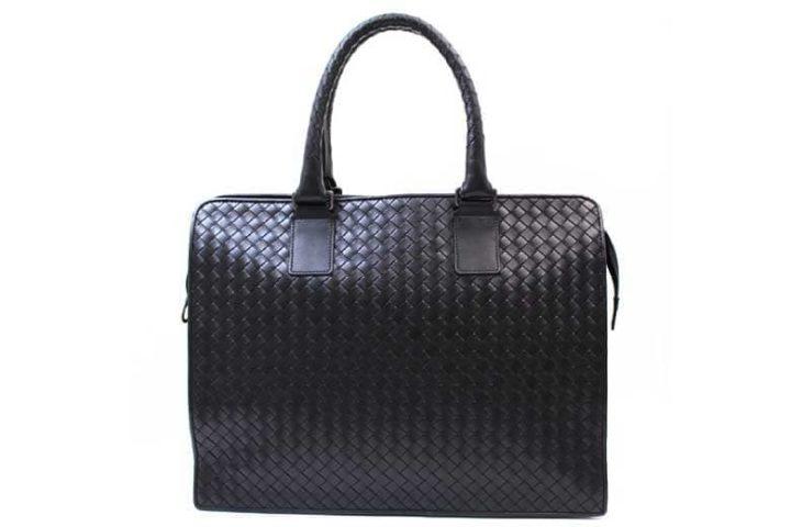 枚方ビオルネ店にてボッテガヴェネタのビジネスバッグを高価買取!